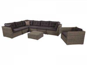 Угловой плетеный диван модульного типа в комплекте с плетеным креслом и столом-пуфом.