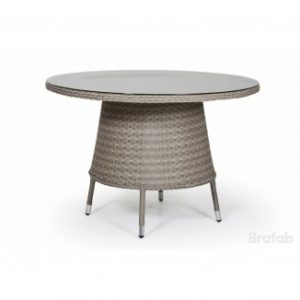Стол из ротанга Арт. 51238-2 Colby table - бежевый обеденный стол для террасы загородного дома.