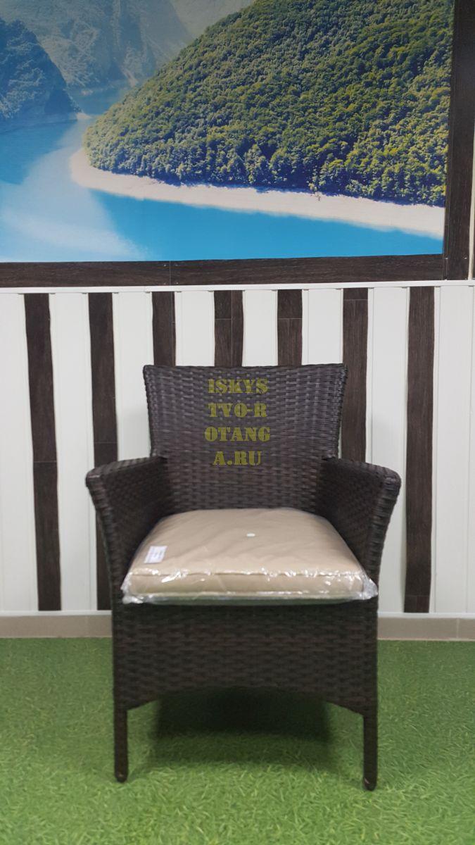 Фото-Кресло из ротанга обеденное Nina Royal brown
